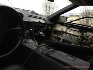 DeLorean DMC-12 autofanspot.pl wnętrze