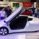 Volkswagen XL1 Poznań Motor Show 2014 autofanspot.pl drzwi