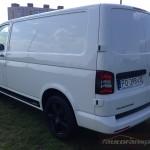 VW TRansporter Edition autofanspot.pl pas na boku foto