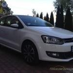 Volkswagen Polo Highline 1.2TSI 6R autofanspot.pl foto 1 front LED