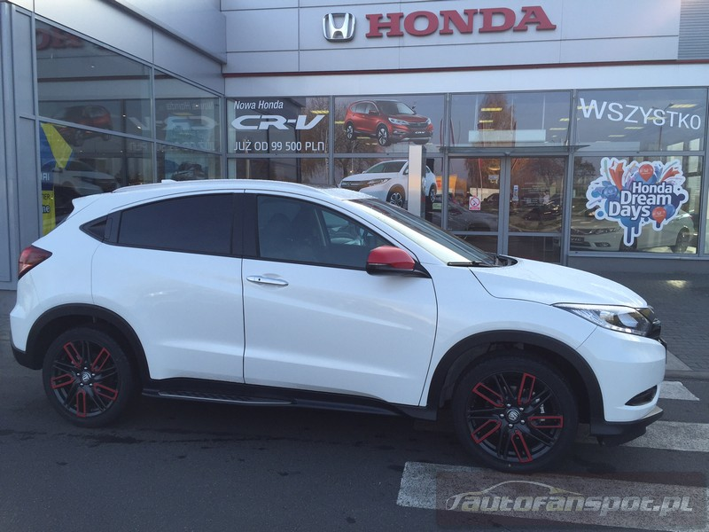 Honda HRV pakiet Milano RED