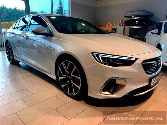 Opel Insignia GSI 2.0 210KM 4x4  Opel MAGO PIŁA 6
